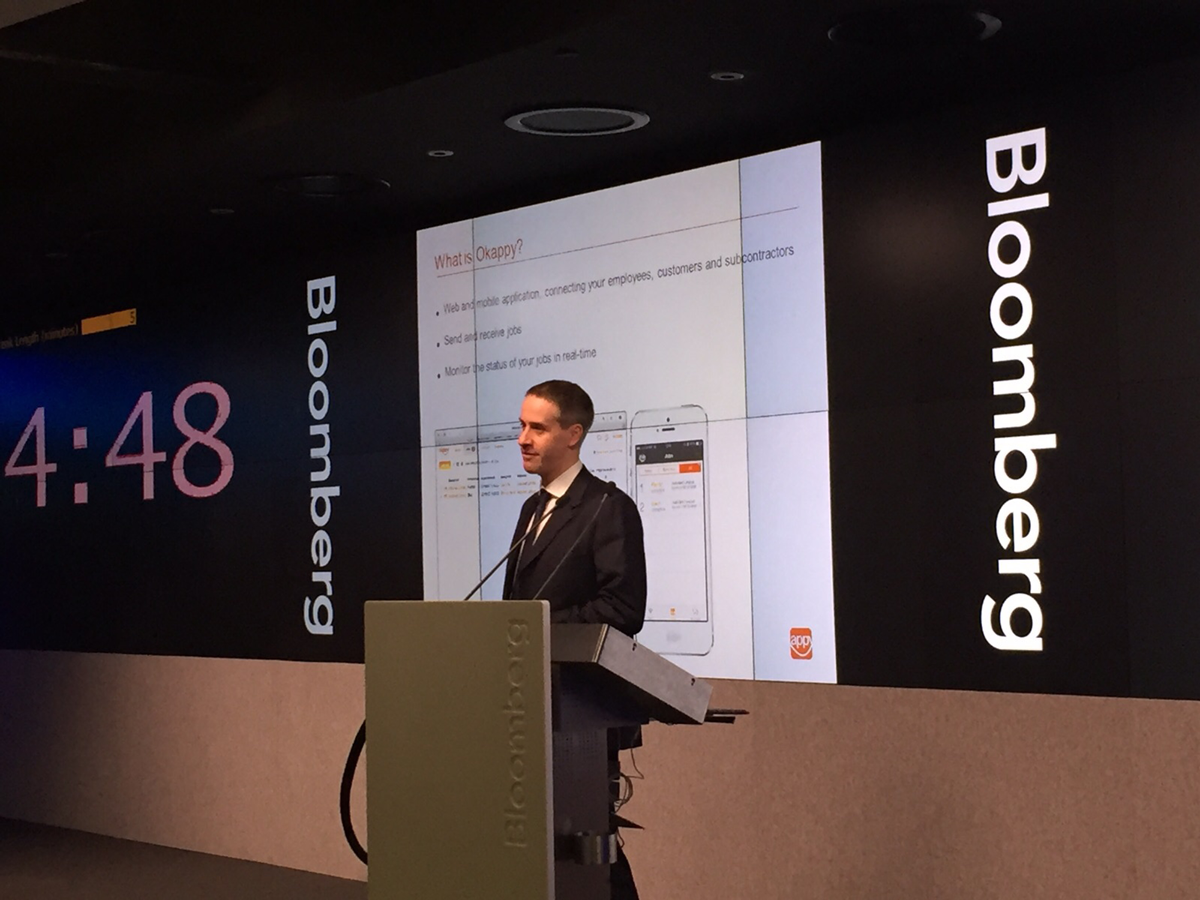 Bloomberg presentation Okappy on stage